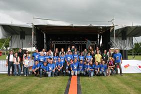 Les bénévoles de l'édition 2014 au complet, juste avant le coup de feu ! Merci à tous !